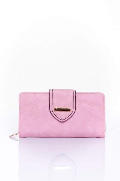 Różowy portfel z ozdobnym zapięciem                                  zdj.                                  1