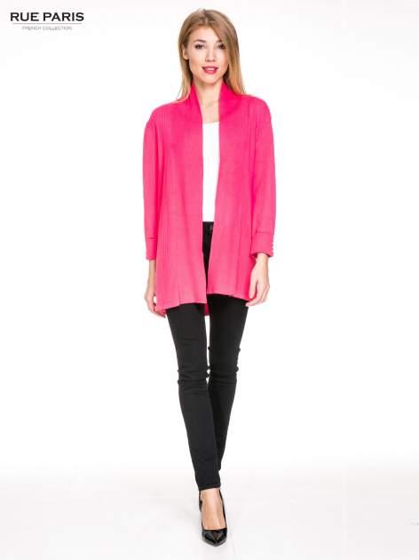 Różowy sweter kardigan z podwijanym rękawami z guziczkami                                  zdj.                                  2
