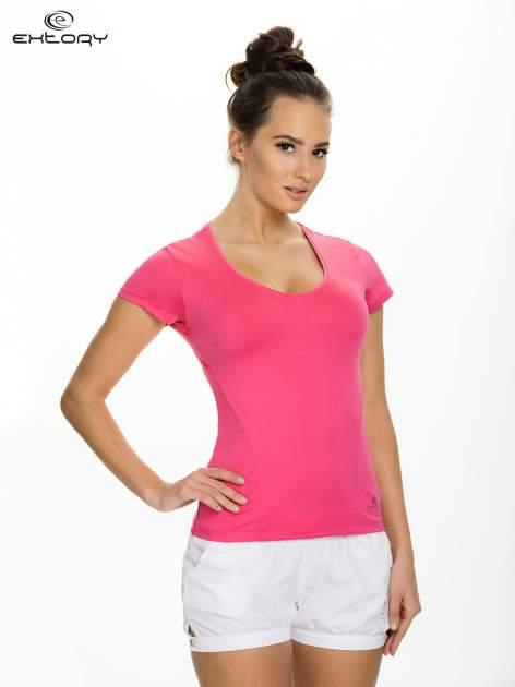 Różowy t-shirt sportowy z dekoltem U                                  zdj.                                  1