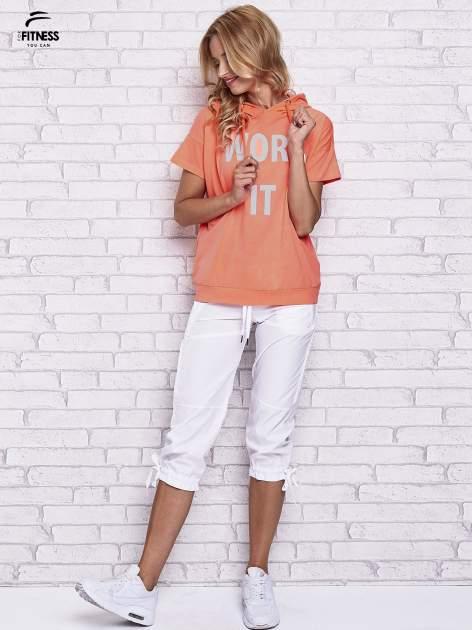 Różowy t-shirt z kapturem i napisem WORK IT                                  zdj.                                  2