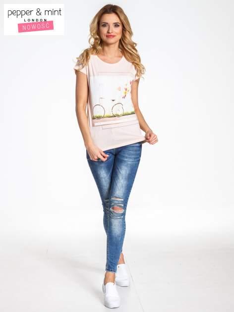 Różowy t-shirt z nadrukiem JOY OF LIFE                                  zdj.                                  6