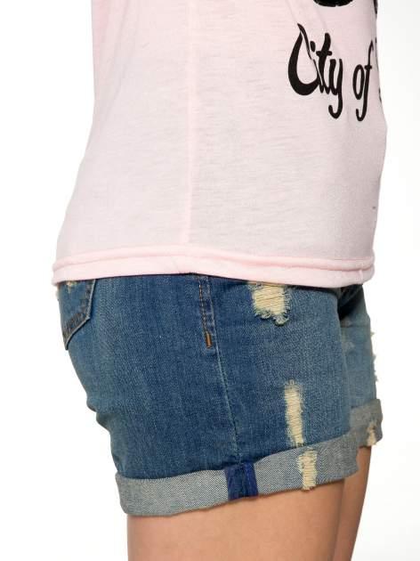 Różowy t-shirt z nadrukiem NEW YORK 55 i siatkowymi rękawami                                  zdj.                                  9