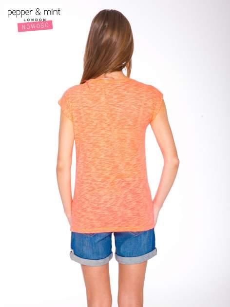 Różowy t-shirt z nadrukiem NOPE                                  zdj.                                  4