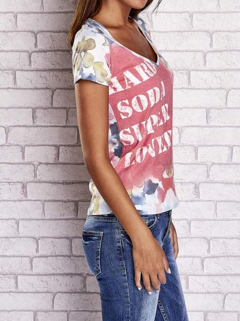 Różowy t-shirt z symetrycznym printem i napisem SUPER LOVER                                  zdj.                                  3