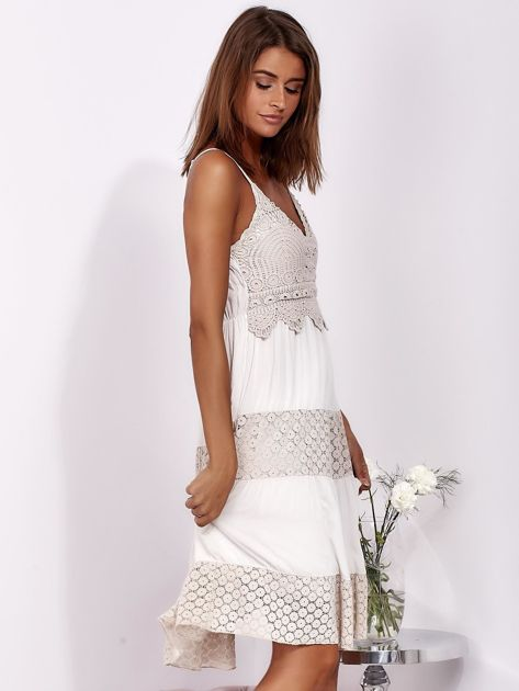Beżowa sukienka na ramiączkach z koronką                              zdj.                              5
