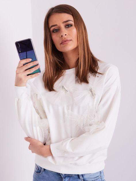 SCANDEZZA Biała bluza z aplikacją                              zdj.                              7