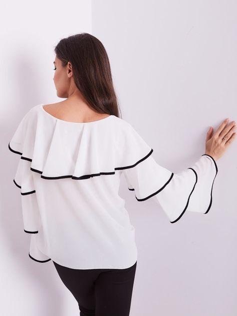 Biała bluzka z falbanami                              zdj.                              4