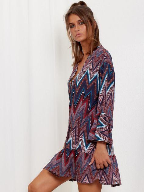 SCANDEZZA Bordowo-turkusowa sukienka w geometryczny nadruk                              zdj.                              3