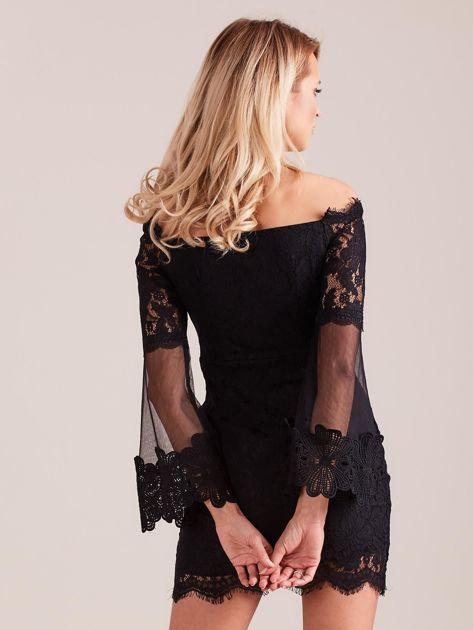 Czarna koronkowa sukienka                              zdj.                              3