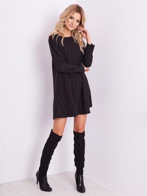 SCANDEZZA Czarna sukienka o luźnym kroju                              zdj.                              8