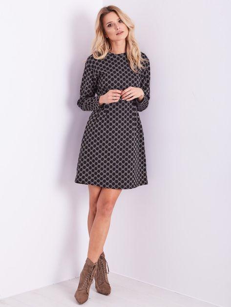 Czarna sukienka ze wzorem                              zdj.                              1