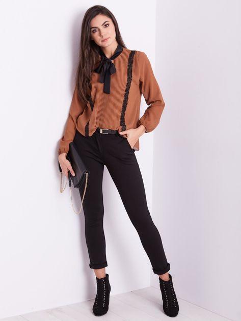 Czarne spodnie damskie                              zdj.                              5