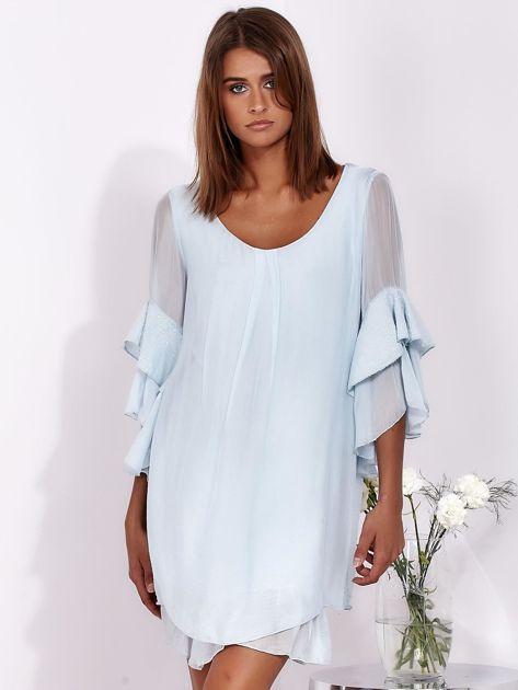 Jasnoniebieska zwiewna sukienka z hiszpańskimi rękawami                              zdj.                              1