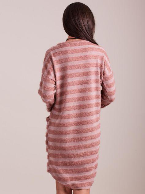 Jasnoróżowa sukienka w paski                              zdj.                              4