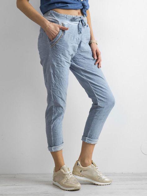 Niebieskie spodnie damskie                              zdj.                              3