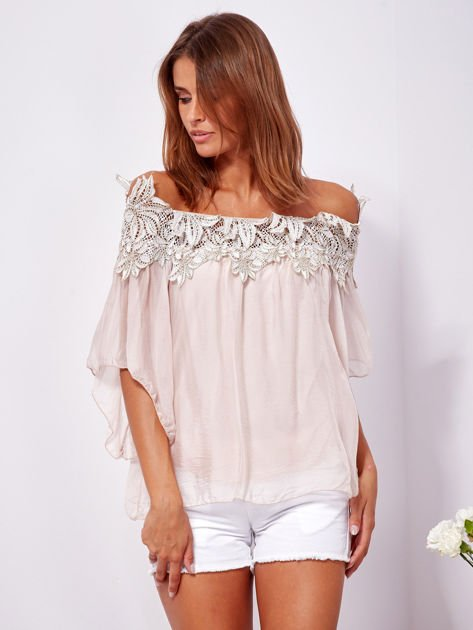 SCANDEZZA Różowa warstwowa bluzka hiszpanka z koronką                              zdj.                              1