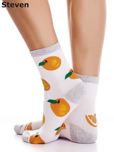 STEVEN Białe skarpety bawełniane we wzór pomarańczy                              zdj.                              4