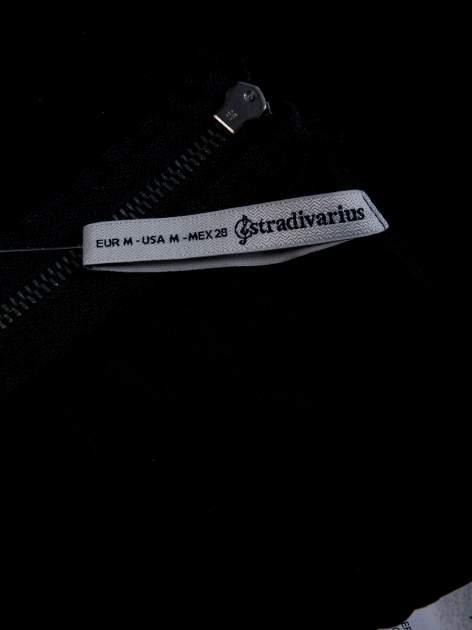 STRADIVARIUS Czarny top z wycięciami cut out                                  zdj.                                  3