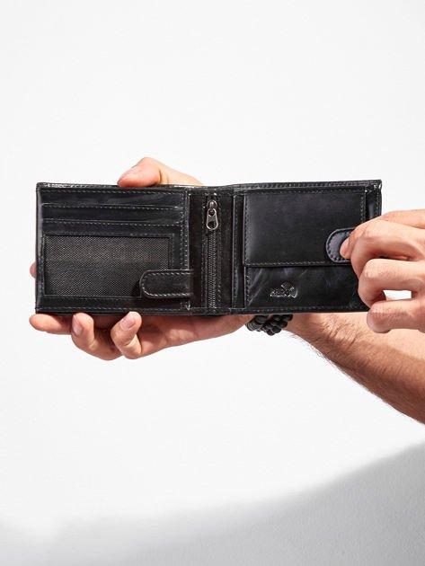 Skórzany portfel męski z zapięciem czarny                              zdj.                              4