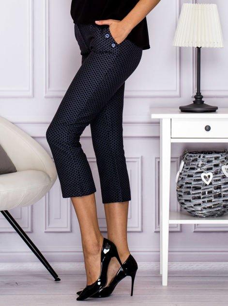 Spodnie 7/8 w drobny wzór szare                              zdj.                              5