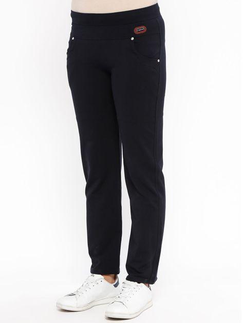 TOMMY LIFE Granatowe spodnie dresowe damskie                              zdj.                              3