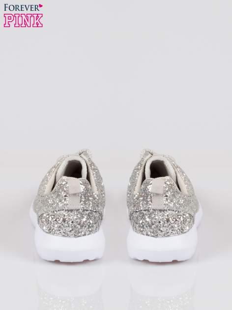 Srebrne buty sportowe textile Crummy z brokatowym efektem                                  zdj.                                  3