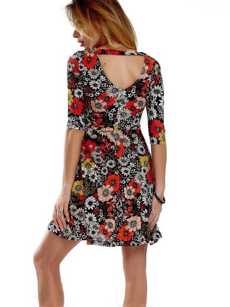 Sukienka czarna w kwiaty                              zdj.                              6