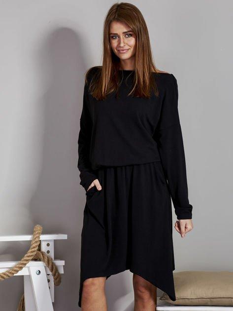 Sukienka damska z dekoltem łódką czarna                              zdj.                              1