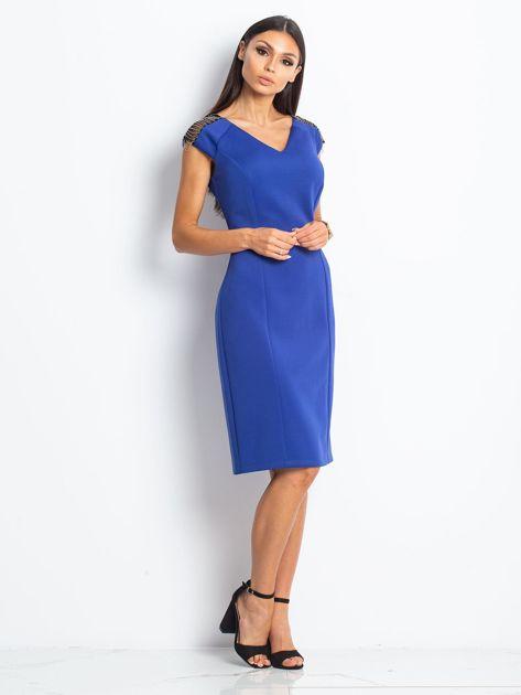 Sukienka damska z łańcuszkami na ramionach kobaltowa                               zdj.                              3