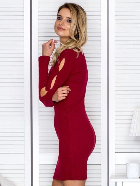 Sukienka damska z wycięciami na rękawach w prążek bordowa                              zdj.                              5