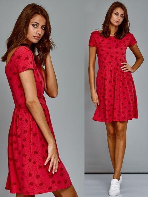 Sukienka dzienna z nadrukiem w kwiatki czerwona                                  zdj.                                  1