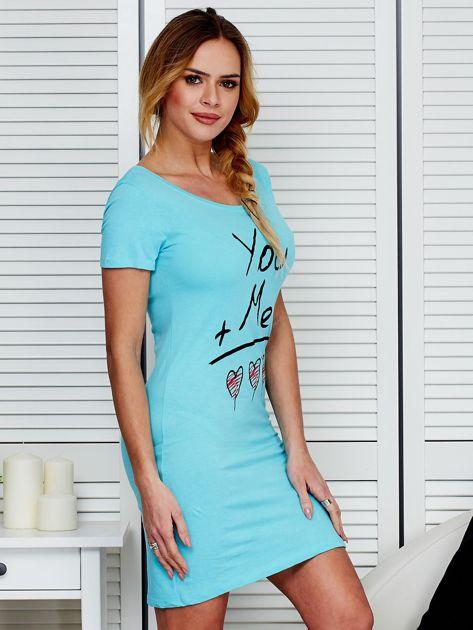 Sukienka jasnoniebieska bawełniana z miłosnym nadrukiem                              zdj.                              3