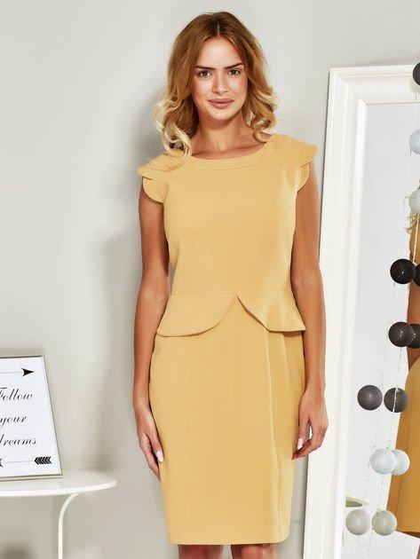 Sukienka koktajlowa z baskinką żółta                              zdj.                              1