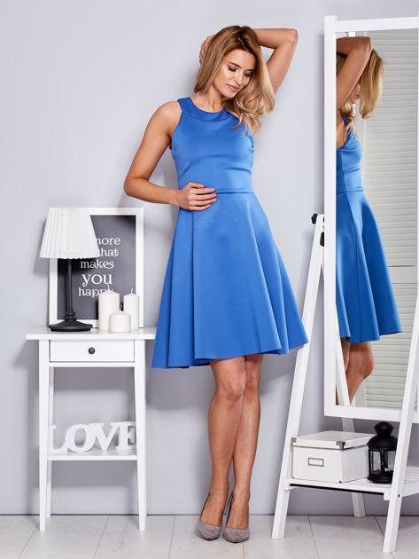 Sukienka niebieska z rozkloszowanym dołem                              zdj.                              4
