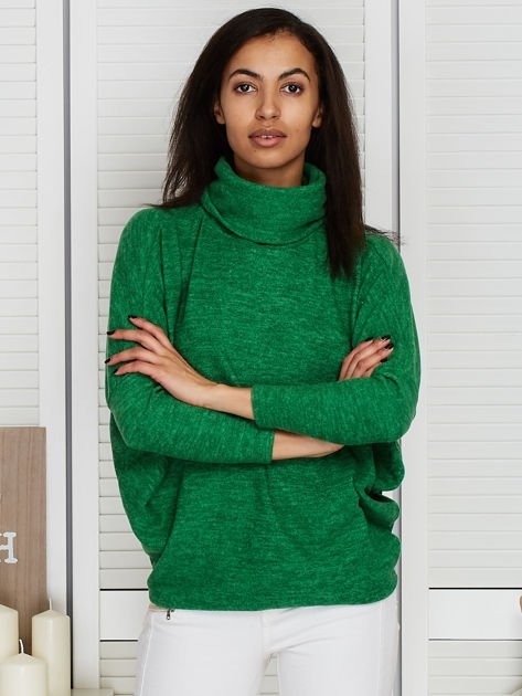 Sweter zielony z miękkim kołnierzem                                  zdj.                                  1