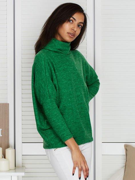 Sweter zielony z miękkim kołnierzem                                  zdj.                                  5
