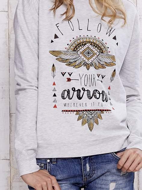 Szara bluza boho z napisem FOLLOW YOUR ARROW                                  zdj.                                  6