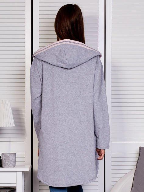 Szara bluza z kontrastowym suwakiem                               zdj.                              2