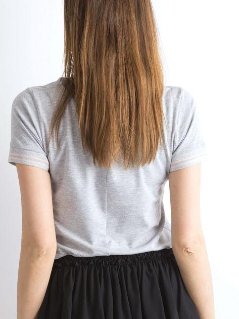 Szara bluzka ze ściągaczami w paski                              zdj.                              2
