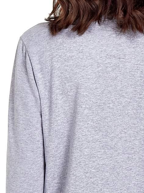 Szara klasyczna bluza damska z napisem IN LIFE SIMPLE IS BEST                                  zdj.                                  6