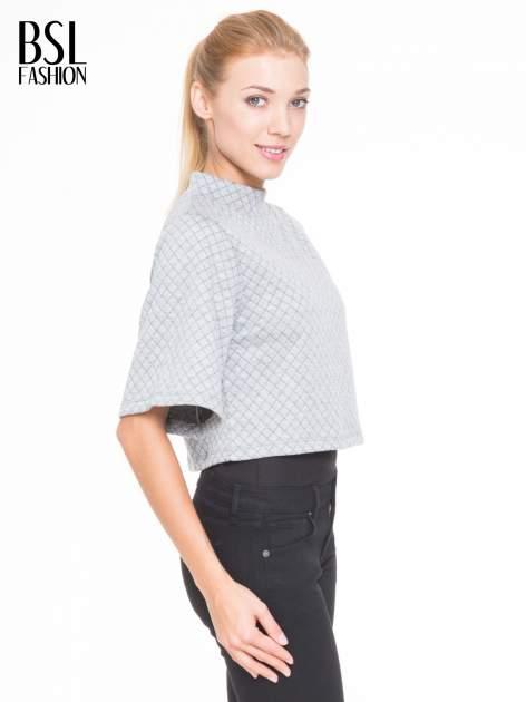 Szara kraciasta bluzka z kloszowanymi rękawami i półgolfem                                  zdj.                                  3
