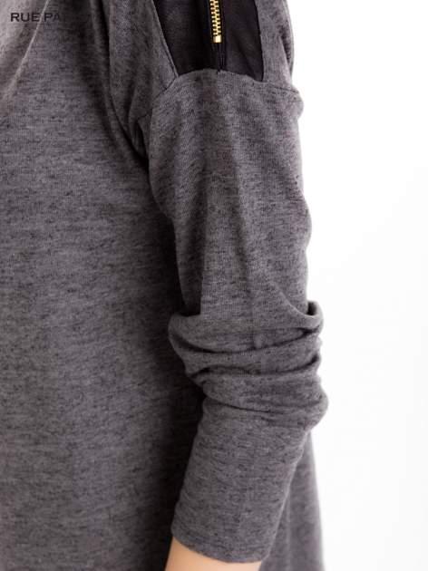 Szara melanżowa bluzka z suwakami na ramionach                                  zdj.                                  7