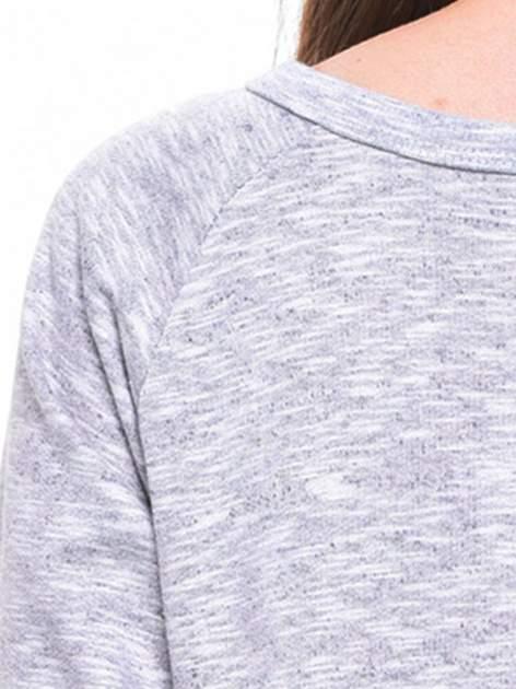 Szara melanżowa damska bluza z napisem HAVE FUN IN PARIS, NEW YORK, LONDON, MILAN                                  zdj.                                  7
