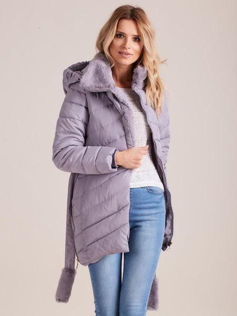 Szara pikowana kurtka zimowa z futerkiem                              zdj.                              5