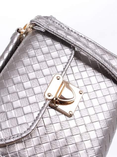 Szara pikowana mini torebka kuferek w stylu retro                                  zdj.                                  7