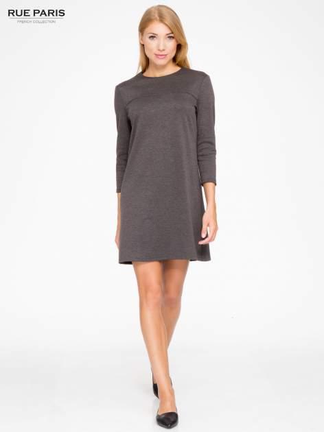 Szara prosta sukienka z rękawami 3/4                                  zdj.                                  2
