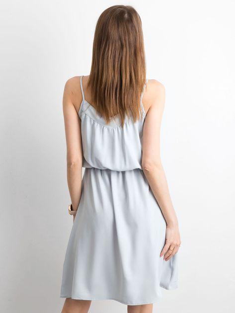 Szara sukienka damska na ramiączkach                              zdj.                              2