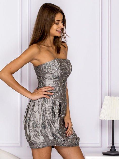 Szara sukienka w ornamentowy wzór                                   zdj.                                  3