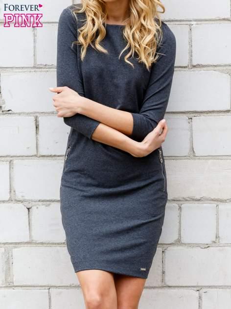 Szara sukienka z kieszeniami na suwak                                  zdj.                                  1