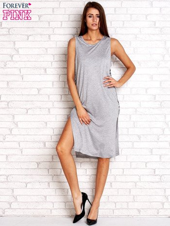 Szara sukienka z plecionymi wstawkami z boku                                  zdj.                                  4
